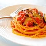 spaghetti-pomodoro-e-zuc